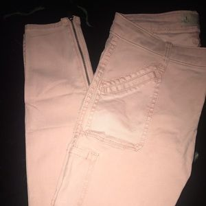 Holister Pink jeans size 1